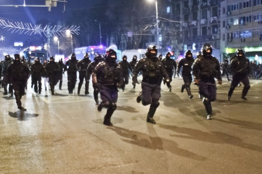 The police forces attack the protesters in Union Square, Bucharest, Romania, Thursday 19 January 2012. Ovidiu Micsik / Inquam Photos